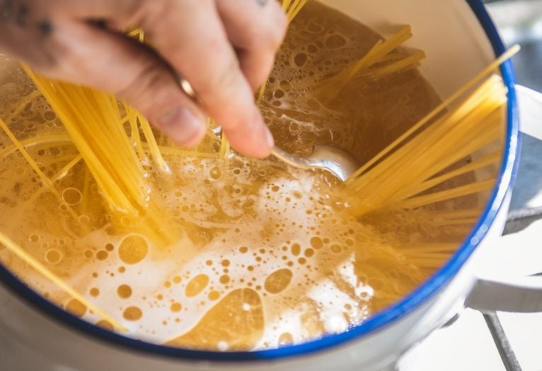pot of boiling noodles