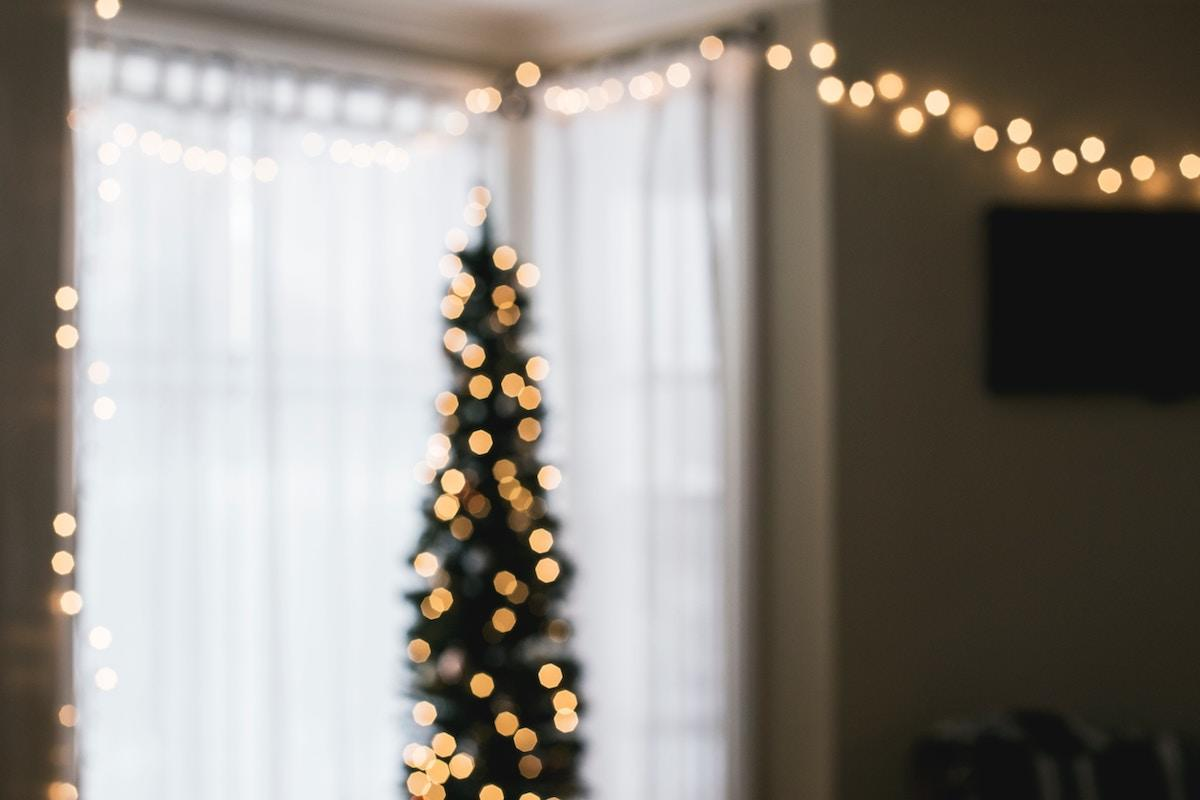 Blue Christmas, Christmas sorrow, grief, blue holiday
